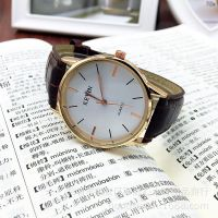 微商手表工厂热卖黑白面大牌男女款石英表 时尚男性手表