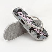 工厂定做出口pe橡胶人字拖纯色花朵鞋底2018夏季夹趾平跟沙滩拖鞋