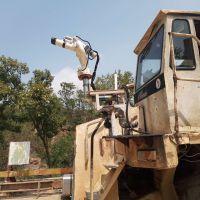 危房拆迁工地降尘神器专用自动智能摇控洒水炮