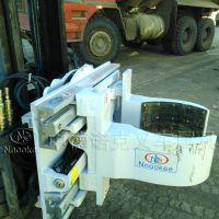 中德诺克叉车属具叉车箍抱式桶夹化工桶搬运堆垛设备化工桶装卸车抱夹抱车旋转式单/双桶夹