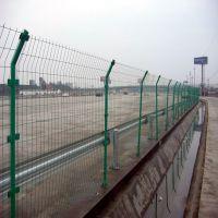 稻城县围栏网片厂家 金属围墙护栏网 浸塑荷兰网