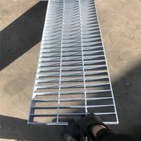 防滑沟盖板 地沟格栅板 钢厂平台踏步板