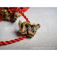 地摊热卖货源 12生肖动物红绳手链批发 本命年手工编织红绳批发