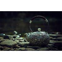 凤凰银饰苗族纯手工银饰价格辰砂银缘产品更受市场青睐