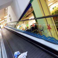 深圳UV高清打印玻璃贴 静电膜彩白彩印刷加工异型裁切