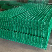 奥科厂家供应浸塑道路防护网 折弯护栏网 框架防护网 球场围网