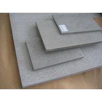 纤维水泥板经济美观:轻质,与龙骨的配合,有效降低工程和装修成本;外观颜色均匀、表面平整,直接使用