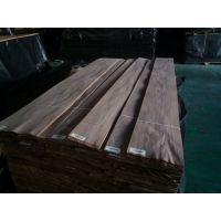厂家直供展海黑胡桃山纹木皮 贴密度板门板级免漆木饰面板木皮
