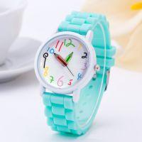 现货时尚女士韩版硅胶个性学生手表 潮流皮带时装表女表铅笔手表