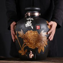 景德镇家用创意仿古酒坛 五十斤装陶瓷酒缸批发价格 陶瓷酒坛子定制厂家