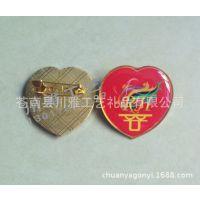 厂家定做 心形相片纸滴胶徽章制作 爱心徽章定制 量大从优