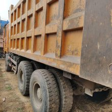 两会完毕,煤矿现出售大量陕汽德龙后八轮自卸车