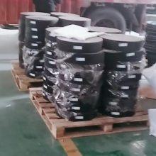 300*64板式橡胶支座//建湖县陆韵橡胶支座奉献全程安装技术