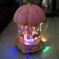 八音灯光旋转木马音乐盒 创意八音盒家饰礼品高品质批发蛋糕饰品