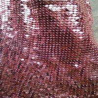 华磊装饰网别墅咖啡厅 博物馆 高档旗舰店的屏风 隔断也可用于橱窗装饰,金属网鳞片