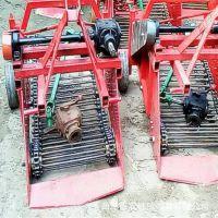 红薯挖掘机厂家 自动挖掘土豆的机器 洋芋收获机视频
