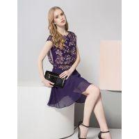 女装品牌服装加盟图腾春季新款中长款连衣裙上衣