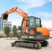 供应橡胶履带式挖掘机 SD65小型挖机价格