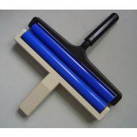 厂家定制10寸黑色塑料柄防静电蓝色硅胶粘尘滚轮手动除尘优选海克斯