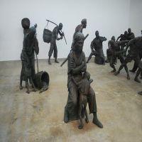 山东厂家批发定制玻璃塑钢 校园雕塑