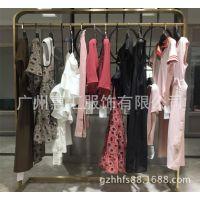 外贸服装市场2018夏新款女装店面装修效果图未知未觉厂家直销