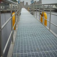 景区楼梯踏步板生产厂家 马鞍山热镀锌钢格栅 格栅板河北优盾多钱一米