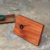 家居饰品现代简约木钟桌面摆件静音创意实木钟表定制工艺礼品加工