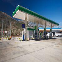 加油站天花通用300面1.0mm厚白色平面、条形铝条扣价格