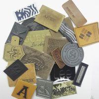 厂家专业生产皮牌皮标吊牌印唛服装商标