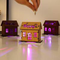 木质神秘房子储蓄罐灯光绚丽房子存钱罐创意活动小礼品生日礼物