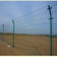 批发零售呈吉公路铁路护栏养殖鱼塘果园圈地用围网简易浸塑护栏网