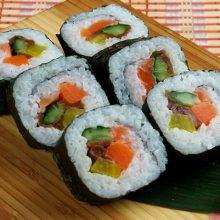 紫菜包饭培训 学韩式料理紫菜包饭石锅拌饭做法