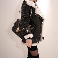 伊袖尾货牛仔裤折扣女装 杭州服装厂样衣尾货批发黑色外套
