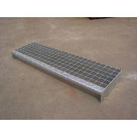 陕西定做镀锌盘梯踏步板T4-325/30/100 打孔螺栓安装楼梯脚踏板尺寸