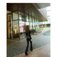 艾安琪品牌女装尾货公司折扣女装 海澜之家尾货批发基地白色大衣