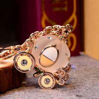 新款爱丽斯南瓜马车钥匙扣汽车钥匙链镶钻女士水晶包挂件节日礼物