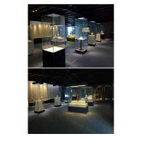 四面玻璃博物馆展柜定制,深圳华信博物馆展示柜制作工厂