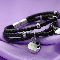 女款手繩 神秘黑 魅力风女式编织皮绳 圆形钢挂件 磁扣 摩登个性