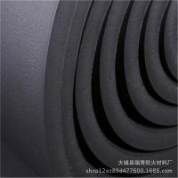 闭泡式、抗干燥、抗潮湿压花铝箔橡塑保温板市场报价