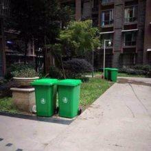 火车站、汽车站可回收物质垃圾桶 不可回收物质垃圾桶 有害物质垃圾桶 其他物质垃圾桶