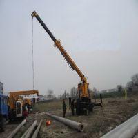 惠鑫挖坑立杆一体机价格大型拖拉机带打桩机的吊车电线杆钻眼机