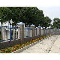 通辽锌钢围墙栏杆安装便捷,喷塑道路护栏造型美观,京式交通隔离栏Q235HC,