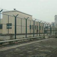 监狱巡逻道钢网墙 看守所监区钢网墙 y型立柱护栏网