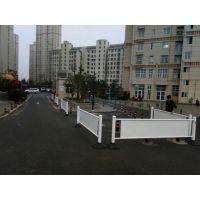合肥供应京式道路围栏 市政京式护栏 M型市政隔离栅厂家直销