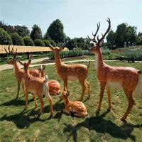 广东佛山广场公园草坪绿地梅花鹿玻璃钢雕塑摆件