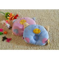 批发可爱卡通小猪定型枕 婴儿矫正睡姿天鹅绒枕 宝宝睡眠枕