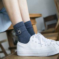新款秋冬女袜韩版猫咪刺绣中筒袜子日系堆堆袜纯色全棉袜复古潮袜