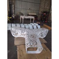 广场不锈钢防腐木户外凳 佛山简约风格异形不锈钢户外休闲椅