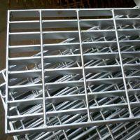 q235扁钢型钢格板量大生产中