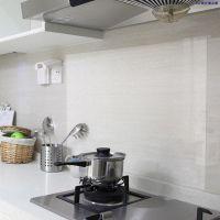 厨房防油贴纸灶台瓷砖墙贴耐高温防水透明自粘墙纸间PVC防潮防霉